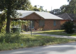 Pre Foreclosure in Houston 77016 LANGLEY RD - Property ID: 1356843608