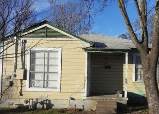 Pre Foreclosure in Gatesville 76528 SAUNDERS ST - Property ID: 1356887848