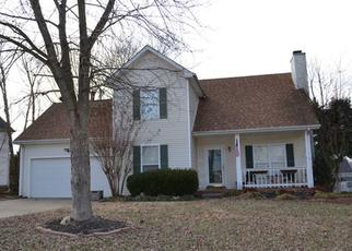 Pre Foreclosure in Clarksville 37042 E HENDERSON WAY - Property ID: 1356973235