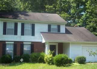 Pre Foreclosure in Charlotte 28215 BURNT UMBER DR - Property ID: 1357157630