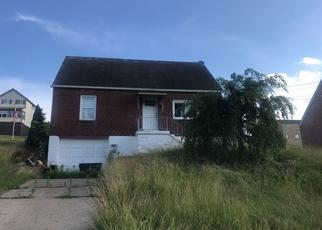 Pre Foreclosure in West Mifflin 15122 IOWA AVE - Property ID: 1358164984