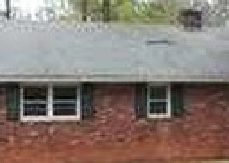 Pre Foreclosure in Winston Salem 27103 ROMARA DR - Property ID: 1358607766