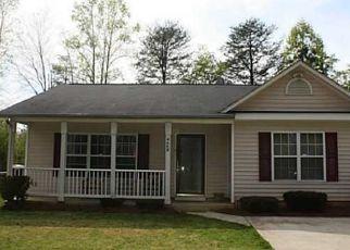Pre Foreclosure in Winston Salem 27106 COLETTA LN - Property ID: 1358616522