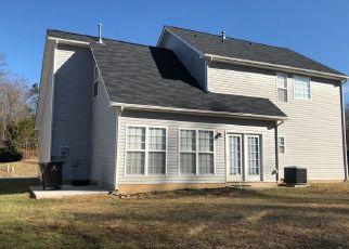 Pre Foreclosure in Winston Salem 27107 GLEN LAUREL LN - Property ID: 1358696223