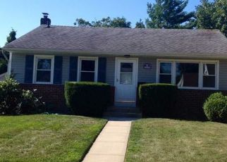 Pre Foreclosure in Westbury 11590 ASTER PL S - Property ID: 1358867484