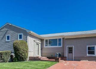 Pre Foreclosure in Valley Stream 11581 SUNNYFIELD LN - Property ID: 1358880173