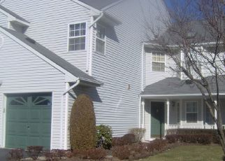 Pre Foreclosure in Hauppauge 11788 PLANTATION DR - Property ID: 1358987482