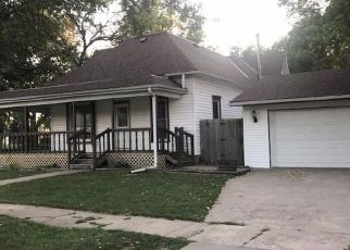 Pre Foreclosure in Friend 68359 S CHESTNUT ST - Property ID: 1359142979