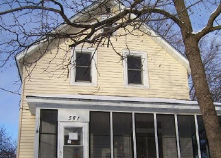 Pre Foreclosure in Saint Paul 55107 HALL AVE - Property ID: 1359335229