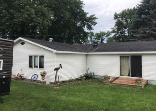 Pre Foreclosure in Detroit Lakes 56501 DAHL RD - Property ID: 1359406182