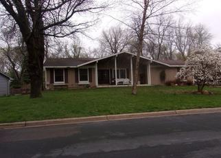Pre Foreclosure in Burnsville 55337 THOREAU DR - Property ID: 1359418452