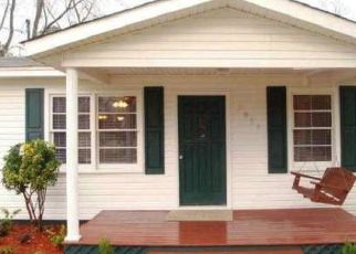 Pre Foreclosure in Huntsville 35811 MOORES MILL RD - Property ID: 1359728985