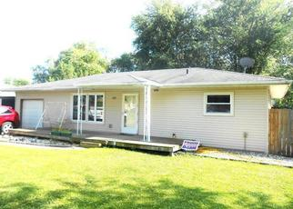 Pre Foreclosure in Hobart 46342 W 37TH PL - Property ID: 1359981691