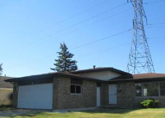 Pre Foreclosure in University Park 60484 AMHERST LN - Property ID: 1360027678