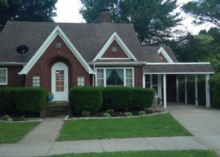 Pre Foreclosure in Huntingburg 47542 E 3RD ST - Property ID: 1360110455