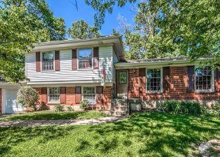 Pre Foreclosure in Louisville 40220 WILBURLOOK LN - Property ID: 1360134540
