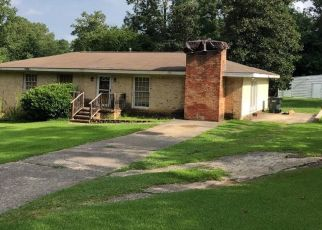 Pre Foreclosure in Leeds 35094 LISA ANN DR SE - Property ID: 1360205494
