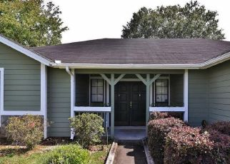 Pre Foreclosure in Jacksonville 32244 ALLSPICE CIR S - Property ID: 1360240529