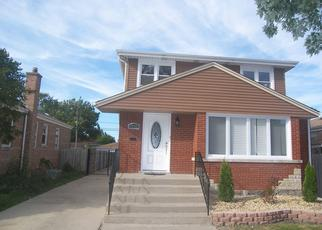 Pre Foreclosure in Chicago 60652 W 82ND ST - Property ID: 1360396900