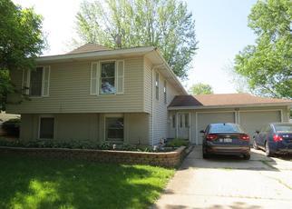 Pre Foreclosure in Bolingbrook 60440 CUMBERLAND LN - Property ID: 1360485807