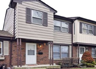 Pre Foreclosure in Wood Dale 60191 WASHINGTON SQ - Property ID: 1360518647