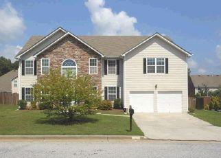 Pre Foreclosure in Fairburn 30213 ESTONIAN DR - Property ID: 1360645209