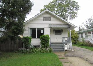 Pre Foreclosure in Villa Park 60181 N WISCONSIN AVE - Property ID: 1361053855