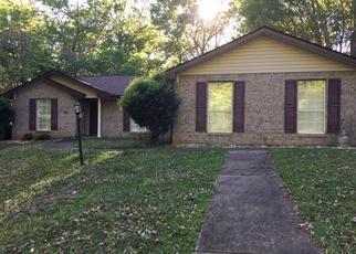 Pre Foreclosure in Dadeville 36853 LUNKER LN - Property ID: 1361845709