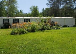 Pre Foreclosure in Gloversville 12078 BROWER RD - Property ID: 1362086143