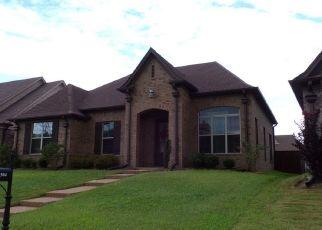 Pre Foreclosure in Cordova 38016 MAPLE HOLLOW LOOP - Property ID: 1362373914