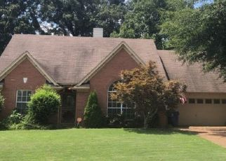 Pre Foreclosure in Oakland 38060 OAKLAND HILLS DR - Property ID: 1362390546