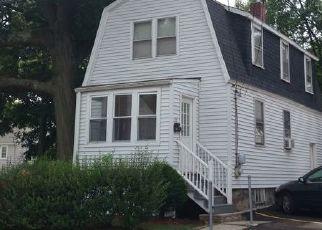 Pre Foreclosure in West Roxbury 02132 DESOTO RD - Property ID: 1362419898