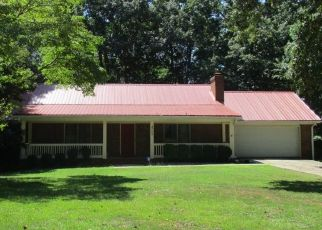 Pre Foreclosure in Conyers 30094 CEDAR LAKE DR SE - Property ID: 1362829840