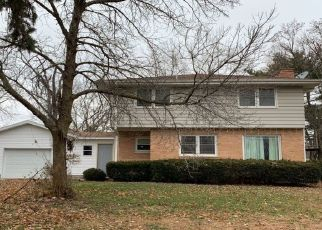 Pre Foreclosure in Chillicothe 61523 N EDGEWATER DR - Property ID: 1363210430