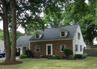 Pre Foreclosure in Fayetteville 13066 DAWLEY RD - Property ID: 1363756591