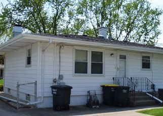 Pre Foreclosure in Lansing 60438 188TH ST - Property ID: 1364247558