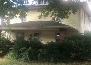 Pre Foreclosure in Seymour 47274 S WALNUT ST - Property ID: 1364302290