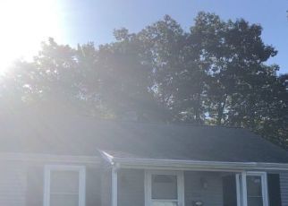 Pre Foreclosure in Plainville 06062 ARCADIA AVE - Property ID: 1364610184