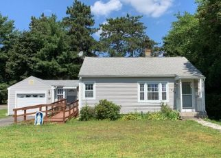 Pre Foreclosure in East Longmeadow 01028 MAPLE ST - Property ID: 1364611961