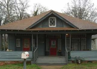 Pre Foreclosure in Atlanta 30310 W END PL SW - Property ID: 1364788451