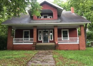 Pre Foreclosure in Chester 29706 COLUMBIA ST - Property ID: 1364846707