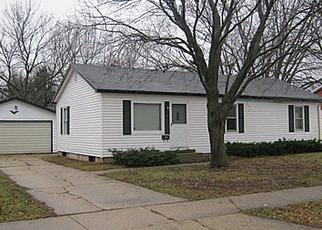 Pre Foreclosure in Janesville 53546 S MARION AVE - Property ID: 1365548784