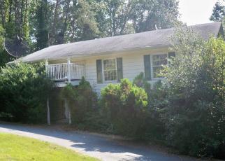 Pre Foreclosure in Fredericksburg 22406 HOLLY CORNER RD - Property ID: 1365720461