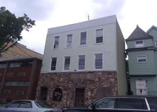 Pre Foreclosure in Bronx 10461 SAINT PETERS AVE - Property ID: 1366935397