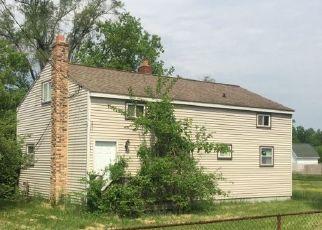 Pre Foreclosure in Flint 48506 N GENESEE RD - Property ID: 1367165331