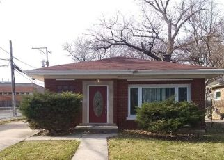Pre Foreclosure in Chicago 60643 S CHARLES ST - Property ID: 1367748272