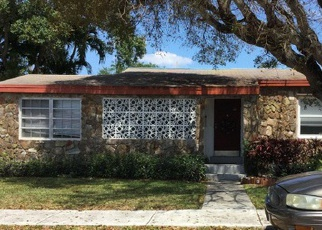 Pre Foreclosure in Dania 33004 SW 2ND PL - Property ID: 1368143777