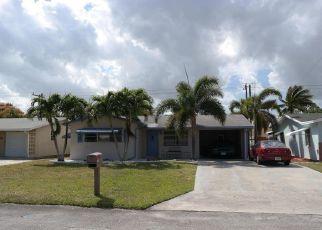 Pre Foreclosure in Lake Worth 33462 SKYLARK LN - Property ID: 1368204202