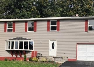Pre Foreclosure in Baldwinsville 13027 BUTTERCUP LN - Property ID: 1368298824