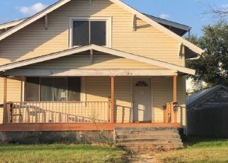 Pre Foreclosure in Gothenburg 69138 10TH ST - Property ID: 1369406897